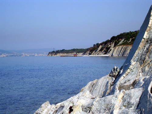 Море, скалы