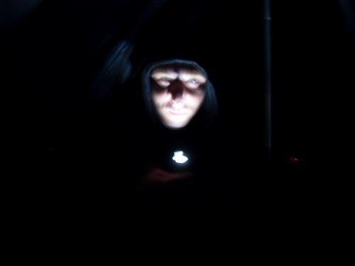 Ужас из темноты)))