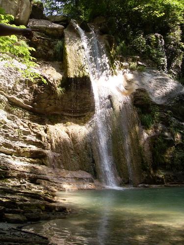 Один из самых больших водопадов р. Жане