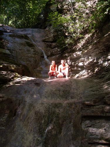 Один из самых верхних водопадов реки Жане