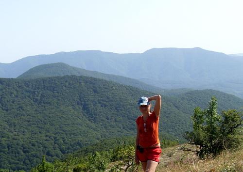 Я на фоне гор