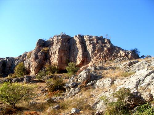 Скалы как крепость.
