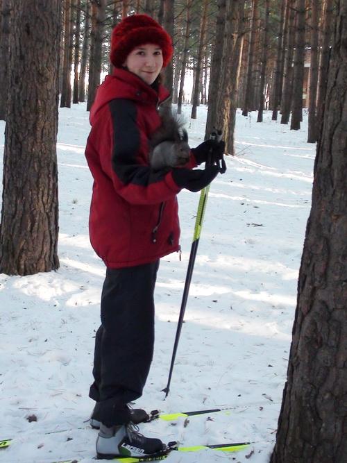 Лыжница с белочкой